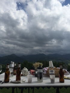flessen en wolken Cutre